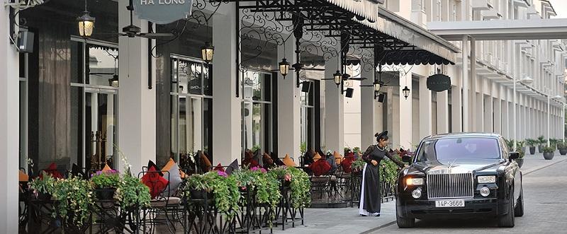 may-ao-thun-dong-phuc-khach-san-paradise-suites-ha-long-1